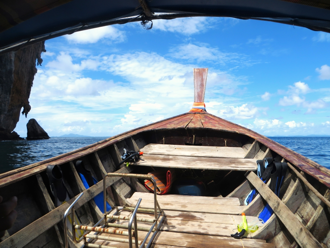 planning travel right before going abroad like Thailand longboats