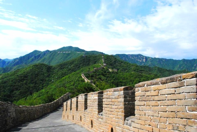 Seeing the Great Wall is feasible for things to do in Beijing
